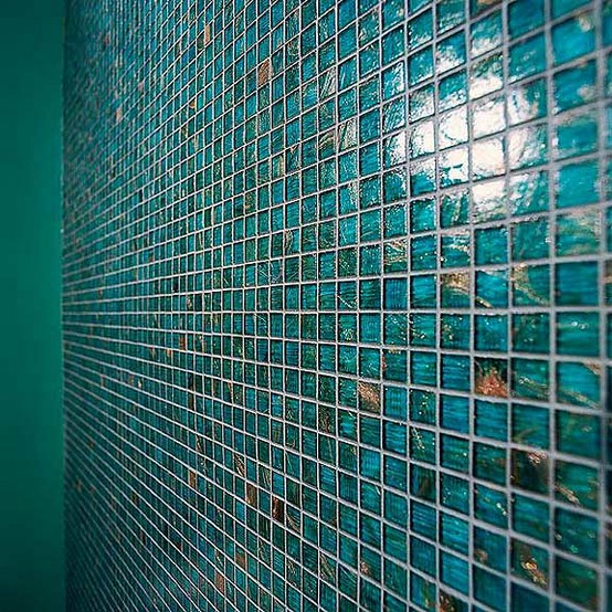 this tile wall is breathtaking it would be a beautiful pool tile