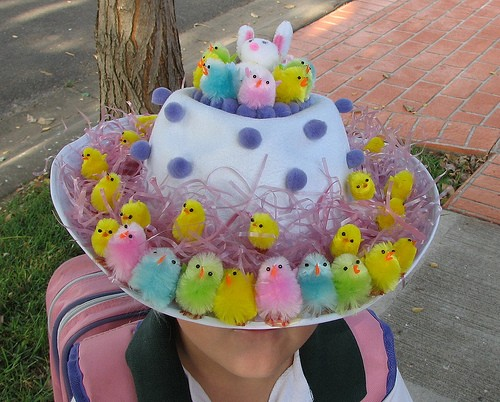 great easter hat with chicks